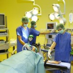 Yellow walls assure that the surgeons will not fall asleep when team-phlebotomizing patients.